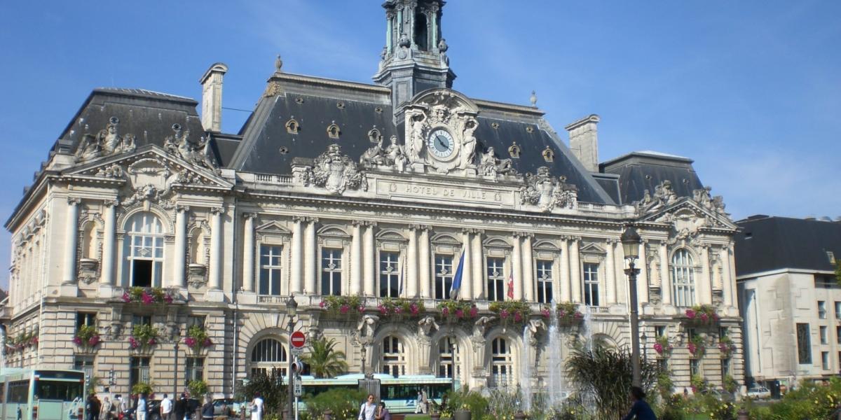 H Ef Bf Bdtel De Ville Of Tours